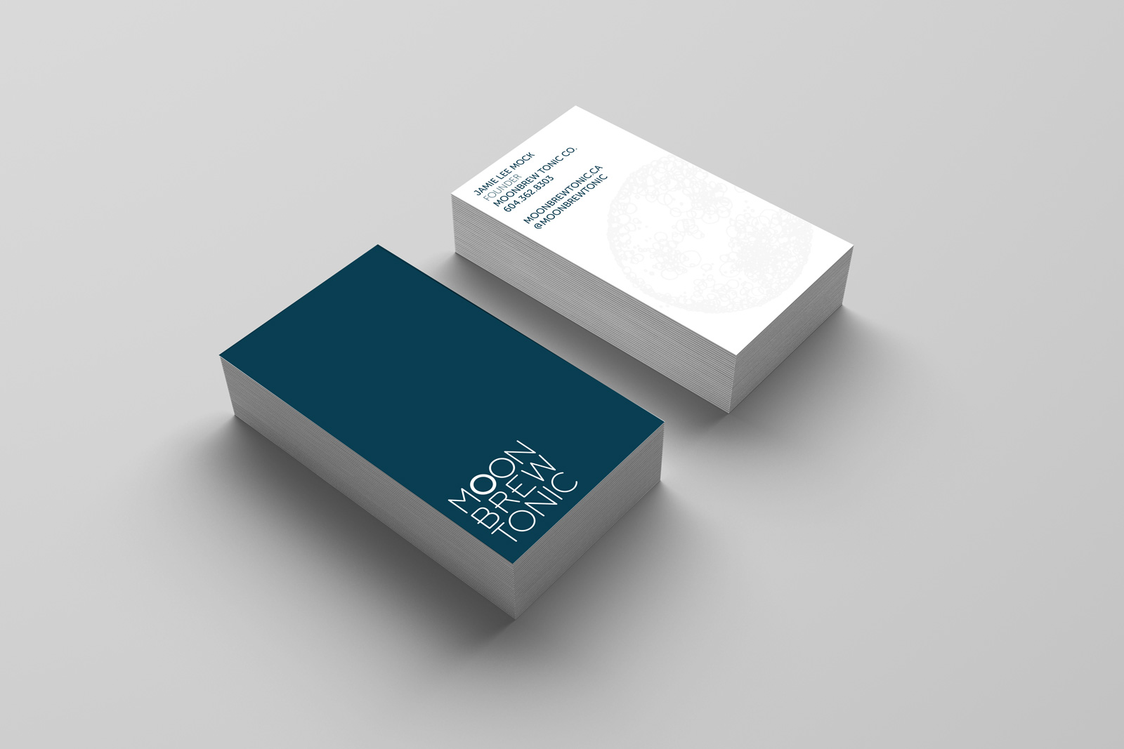 moonbrew_businesscard_mockup